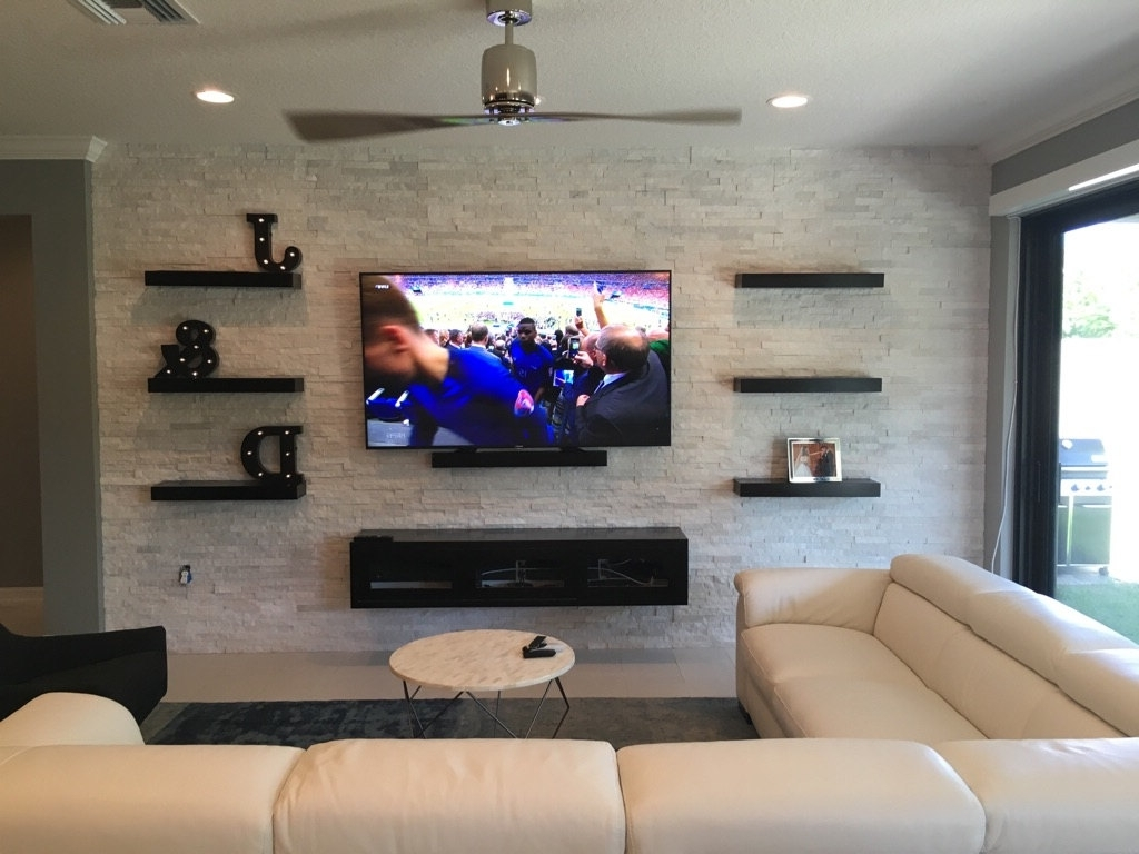 2017 Home Design Tv Shelves – Ganzeeshops Pertaining To Built In Bookshelves With Tv (View 15 of 15)