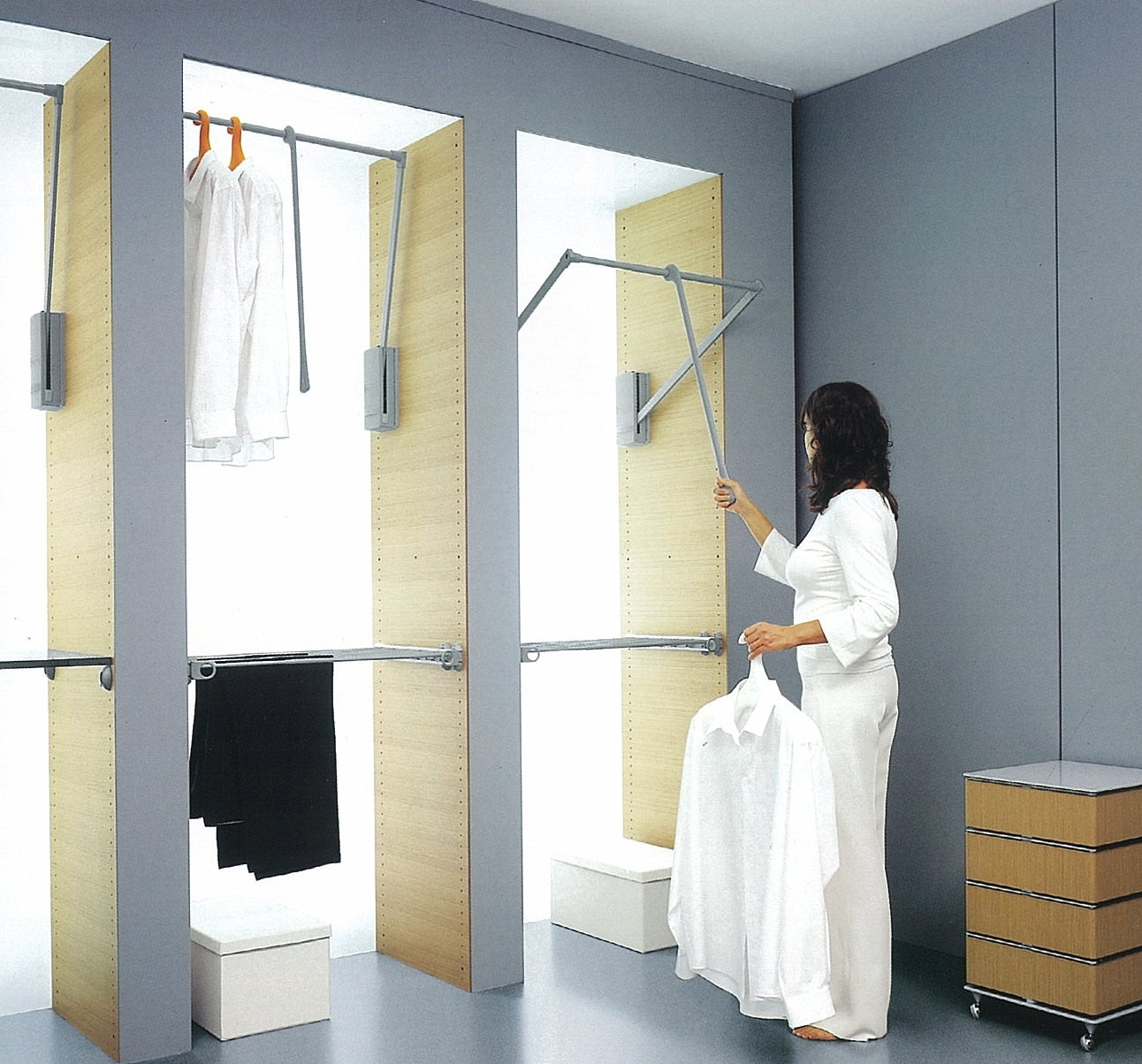 2017 Tall Double Hanging Rail Wardrobes With Pull Down Hanging Rail In Full Height Built In Wardrobe – Maximise (View 1 of 15)