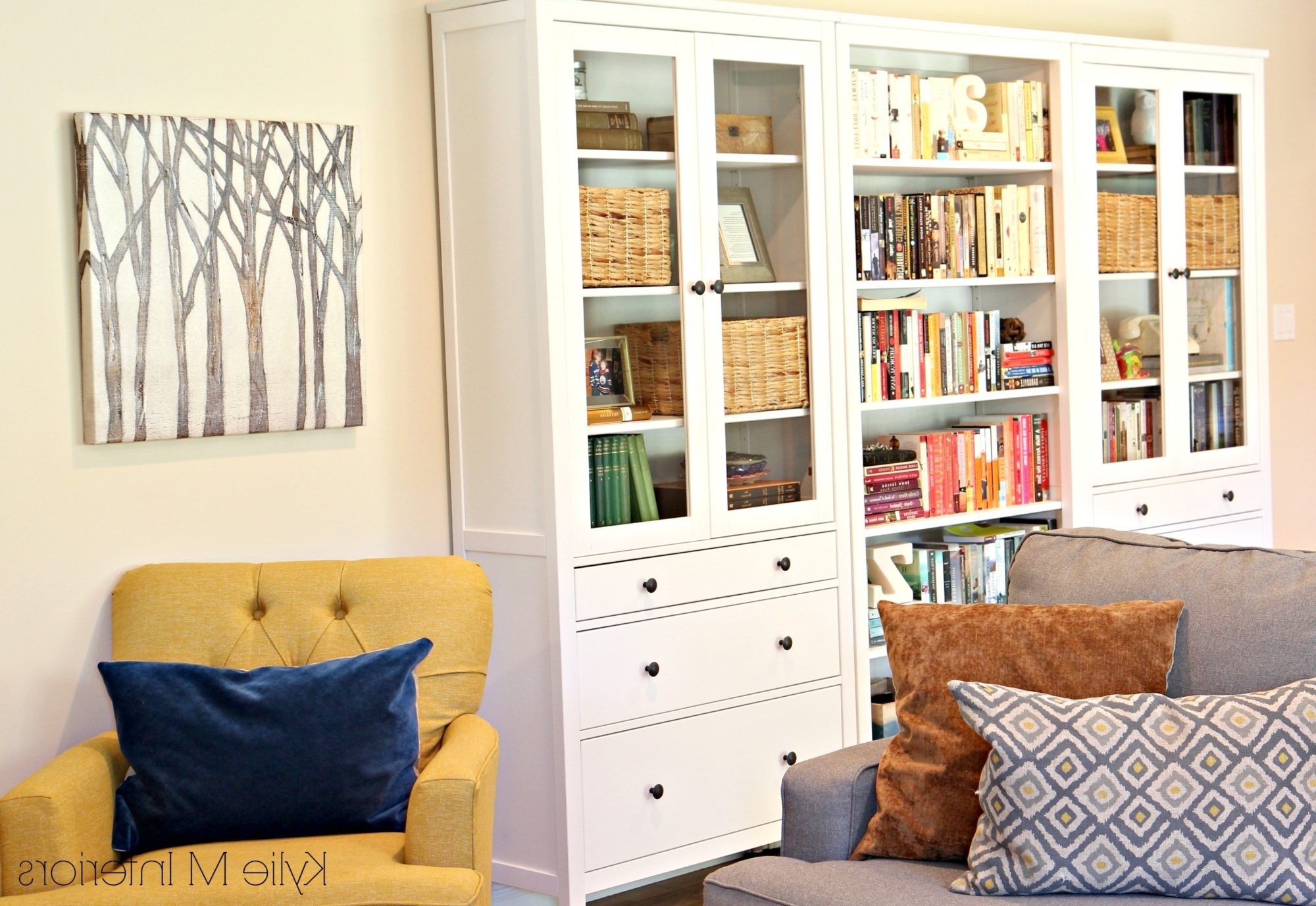 2018 Family Room With Ikea Hemnes Bookcase And Bookshelf (View 1 of 15)