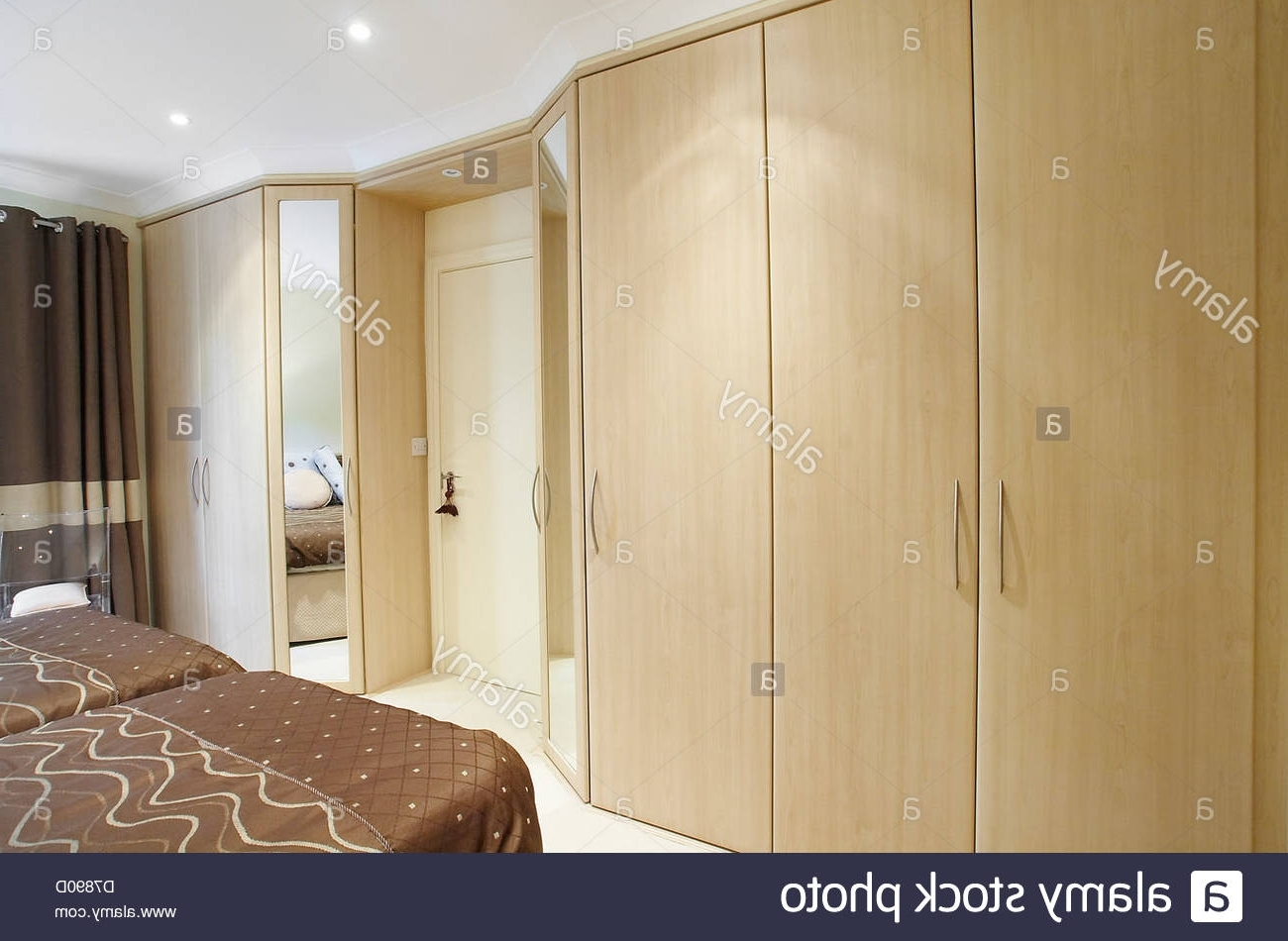 Featured Photo of Fitted Wooden Wardrobes