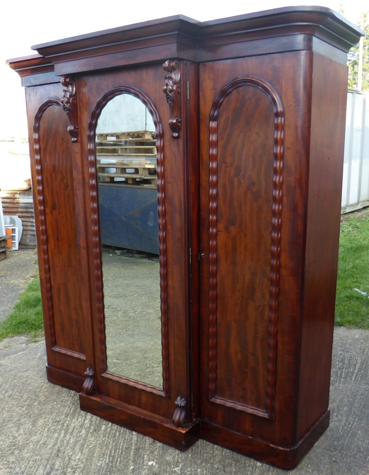 A Grand Victorian Mahogany Breakfront Wardrobe (View 4 of 15)