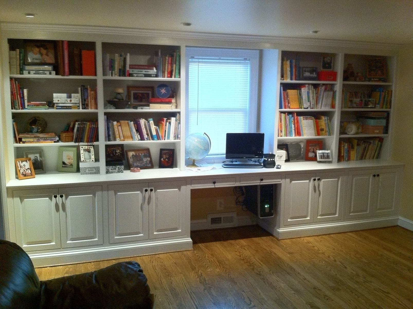 American Hwy With Regard To Built In Bookcases Kit (View 1 of 15)