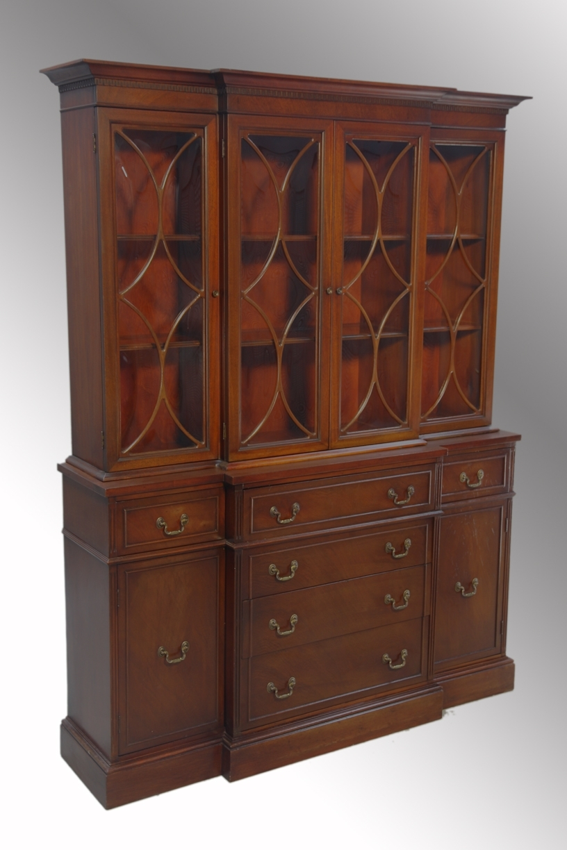 Antique Mahogany Breakfront Regarding Newest Mahogany Breakfront Wardrobes (View 1 of 15)