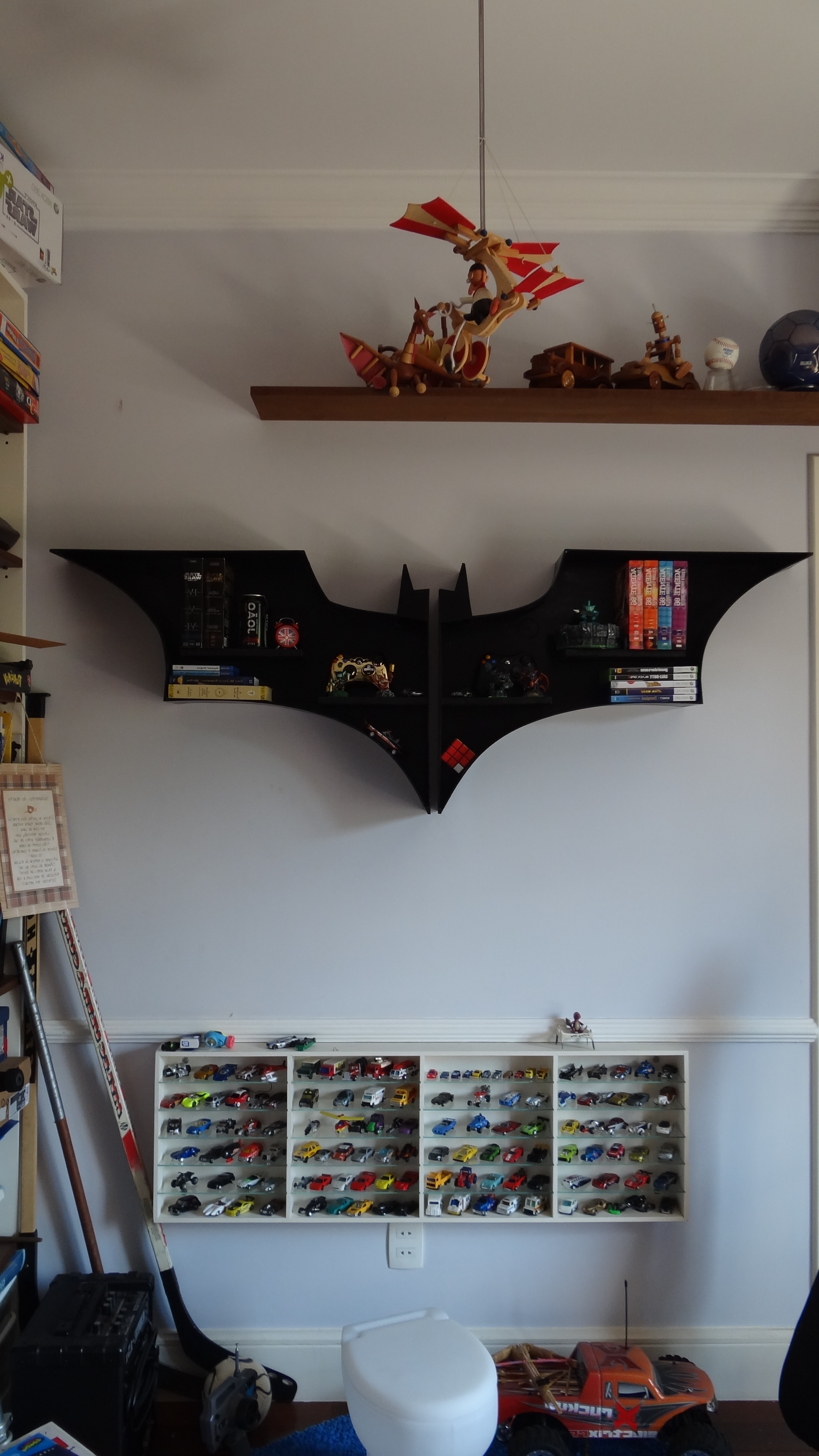 Batman Bookcases Regarding Latest Homemade Batman's Bookshelf (View 7 of 15)