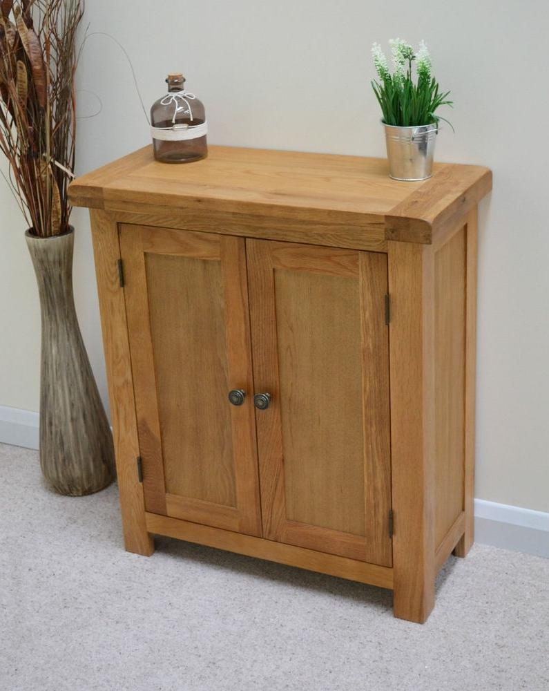 Beaufort Oak Two Door Linen Cupboard / Small Sideboard / Cabinet Pertaining To Most Recent Oak Linen Cupboard (View 5 of 15)