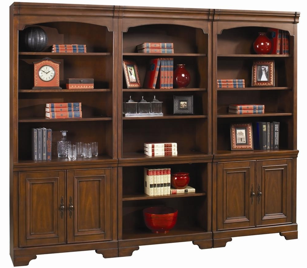 Belfort Furniture Pertaining To 2017 Large Wooden Bookcases (View 2 of 15)