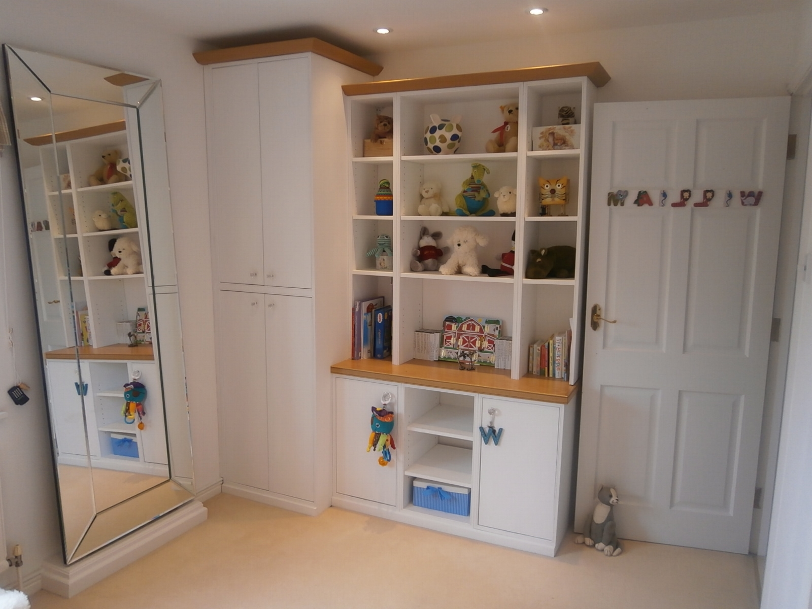 Bespoke Shelving London (View 5 of 15)