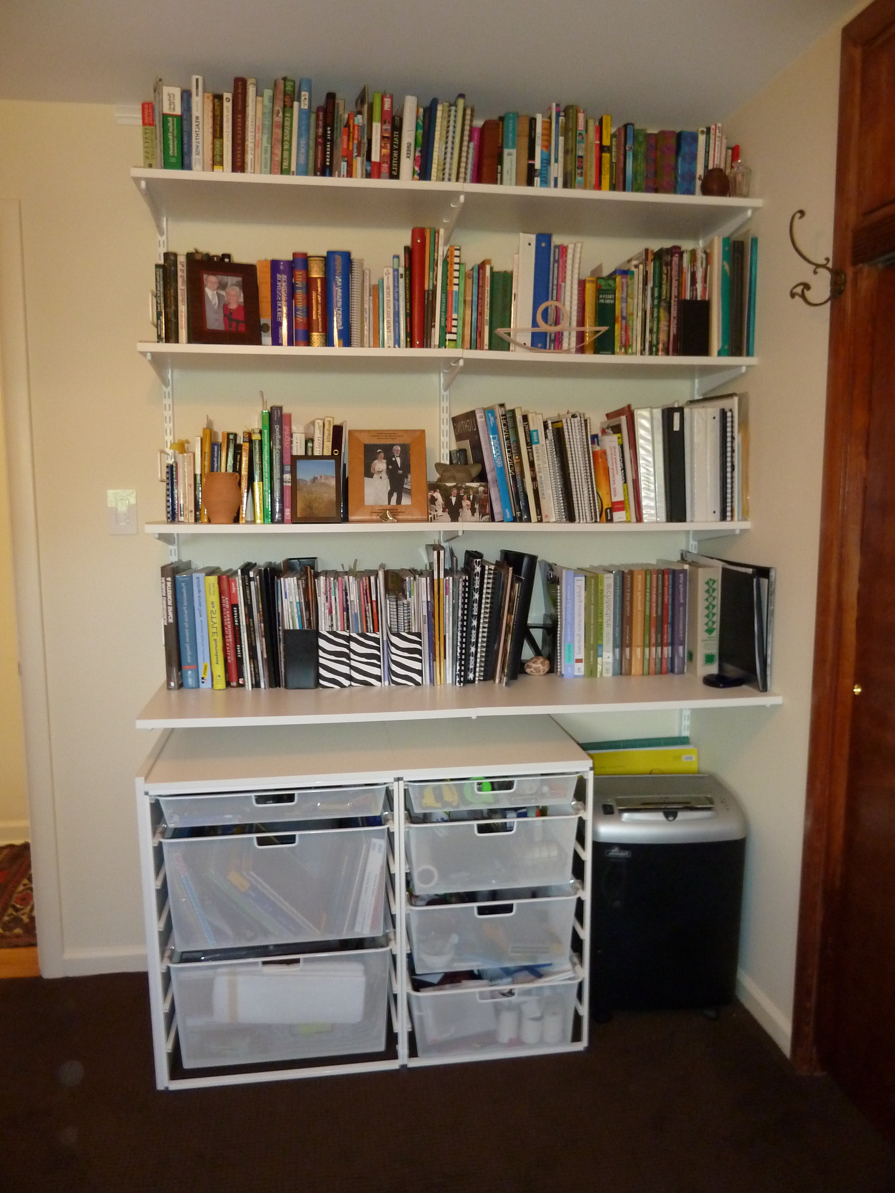 Book Shelving Systems Regarding Well Liked Furniture (View 3 of 15)