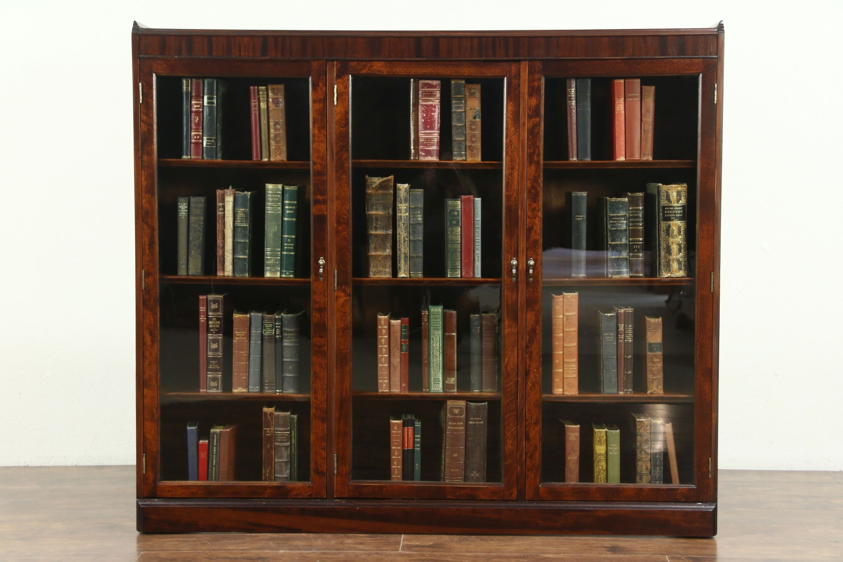 Current Traditional Antique Mahogany Triple Library Bookcase, Adjustable With Library Bookcases (View 12 of 15)