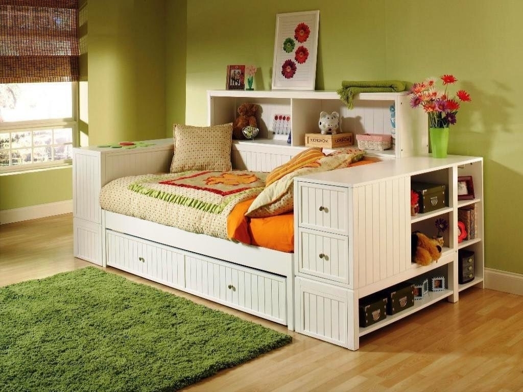 Daybeds : Bedroom White Full Size Daybed With Trundle Plus Shelves Regarding Most Popular Daybed Bookcases (View 7 of 15)