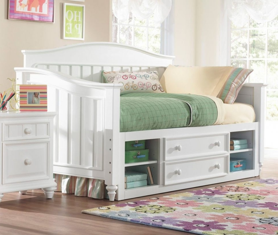 Daybeds : Cool White Daybed With Storage Full Size Trundle And For Most Recently Released Daybed Bookcases (View 8 of 15)