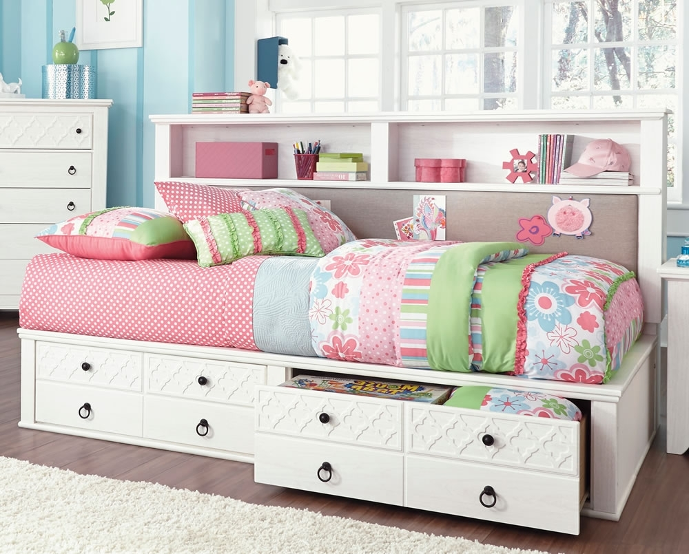 Daybeds : White Twin With Bookcase Trundle Decorated Many Cute And Throughout Favorite Daybed Bookcases (View 9 of 15)