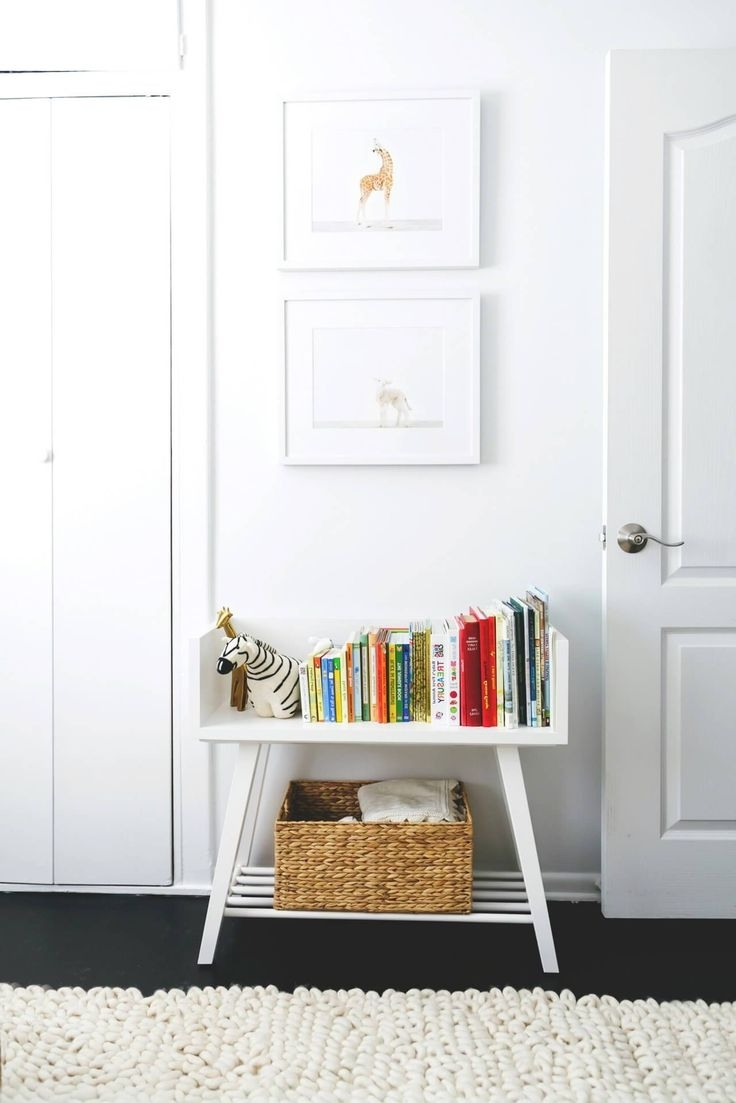 Decorating A Bookcase (View 5 of 15)