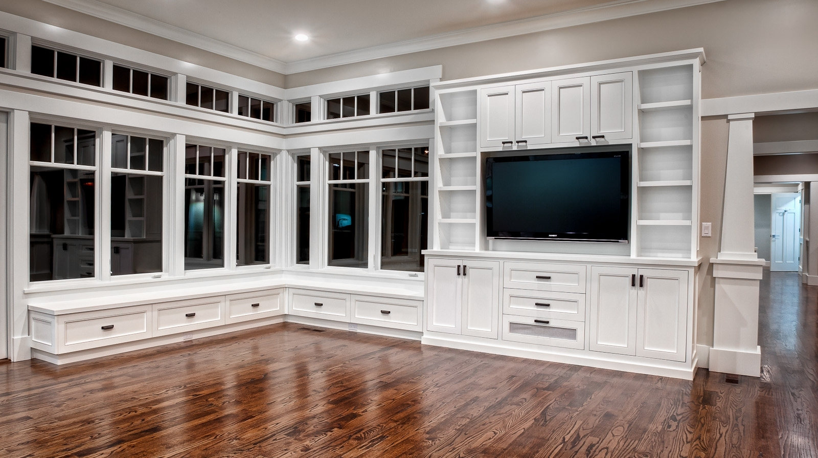 Famous 130 Best Built Ins Images On Pinterest (View 3 of 15)