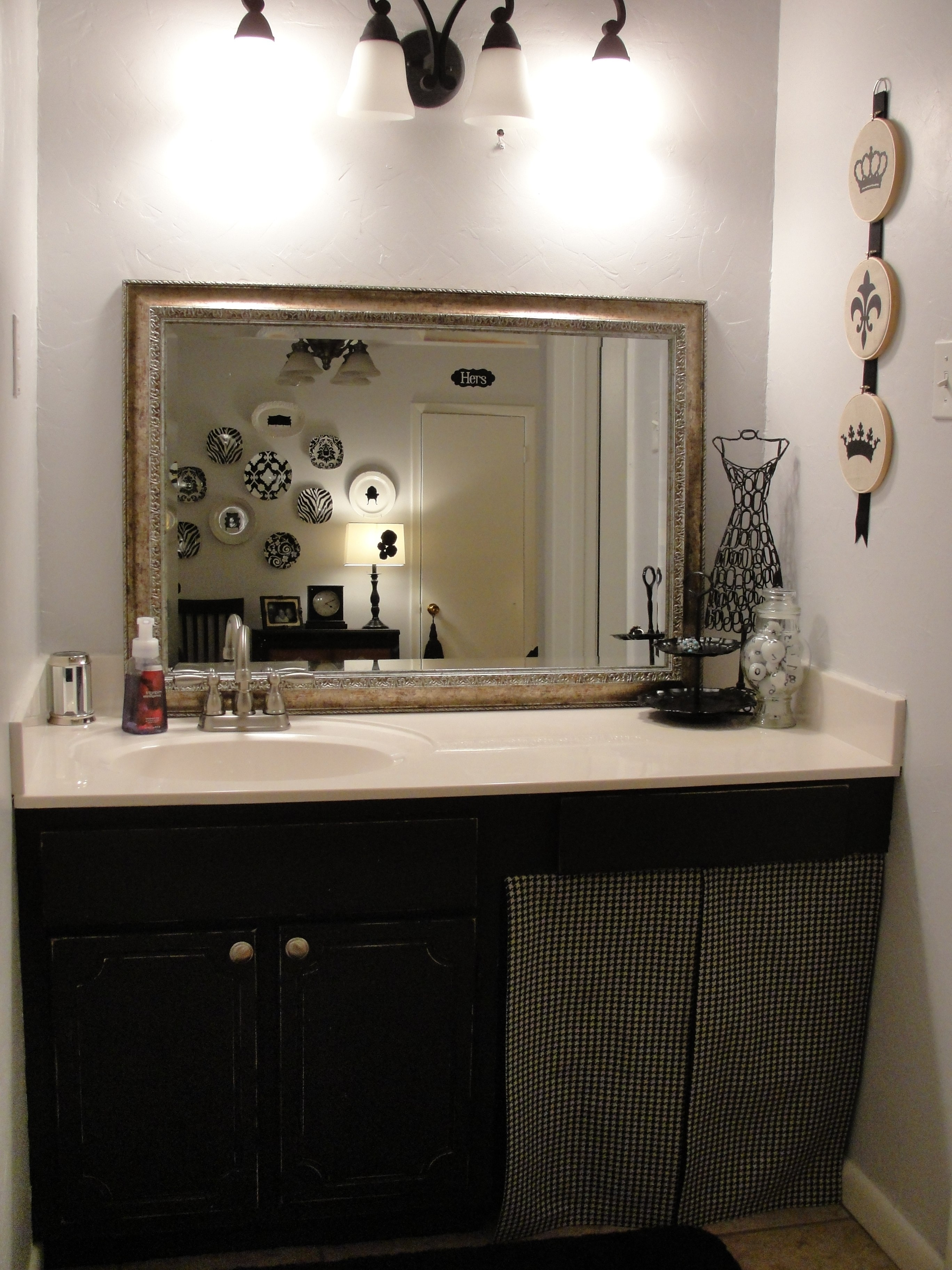 Famous Bathrooms Cabinets : Painting Bathroom Cabinets As Well As Best For Made To Measure Cabinets (View 1 of 15)