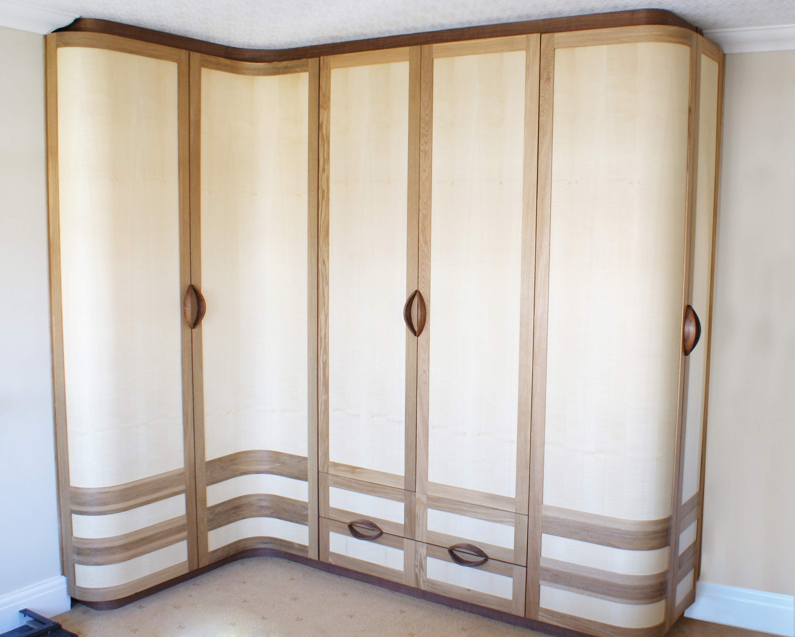Famous Curved Wardrobes Doors With Regard To Kella Curved Wardrobes (View 6 of 15)