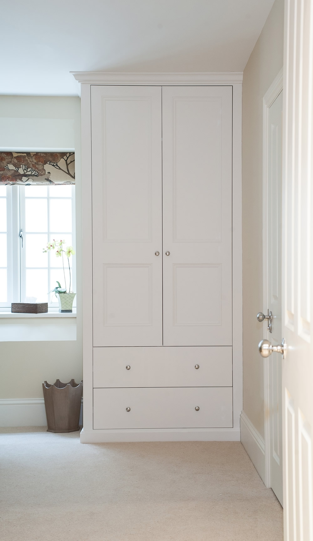 Fashionable Bespoke Fitted Wardrobes And Cupboards (View 4 of 15)