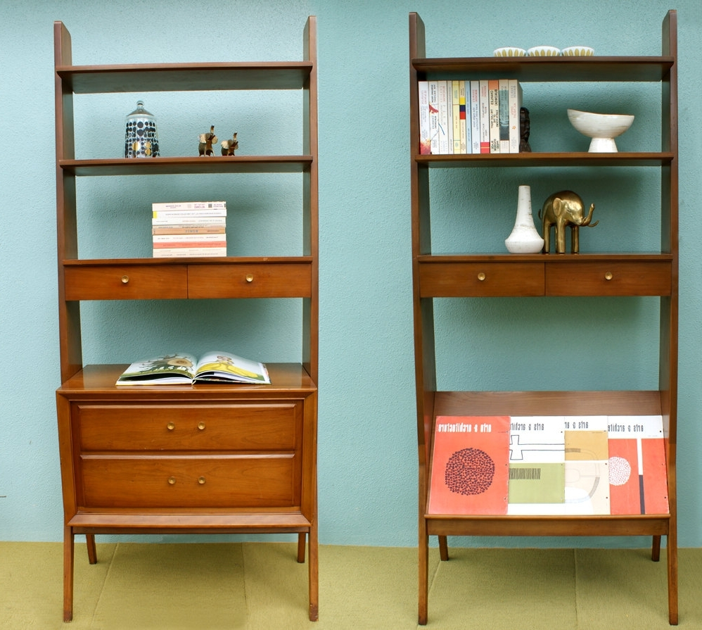 Fashionable Mid Century Bookcases Throughout Mid Century Modern Bookshelf Design (View 4 of 15)