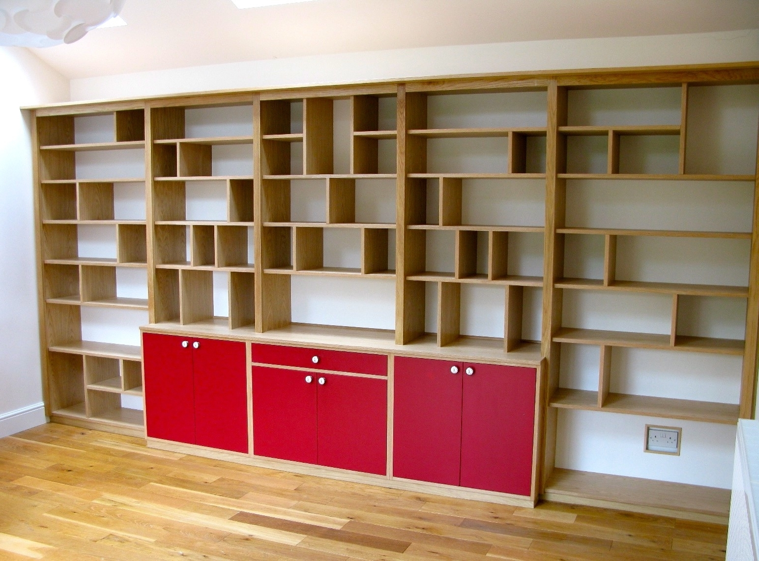 Fashionable Oak Shelving – Shelves Ideas With Book Shelving Systems (View 11 of 15)