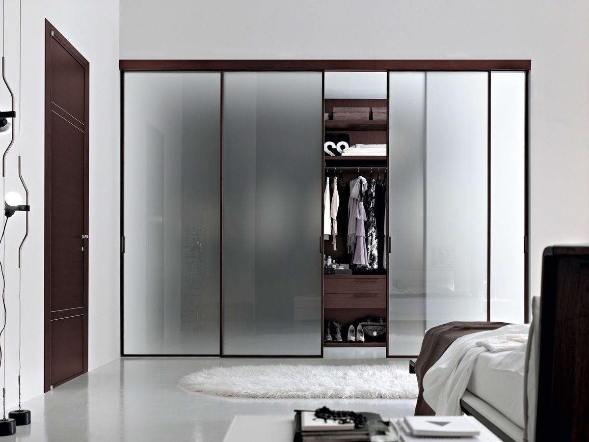 Favorite Dark Wood Wardrobes With Sliding Doors With Bedroom : Brilliant Brown Textured Wood Sliding Door Wardrobe (View 8 of 15)
