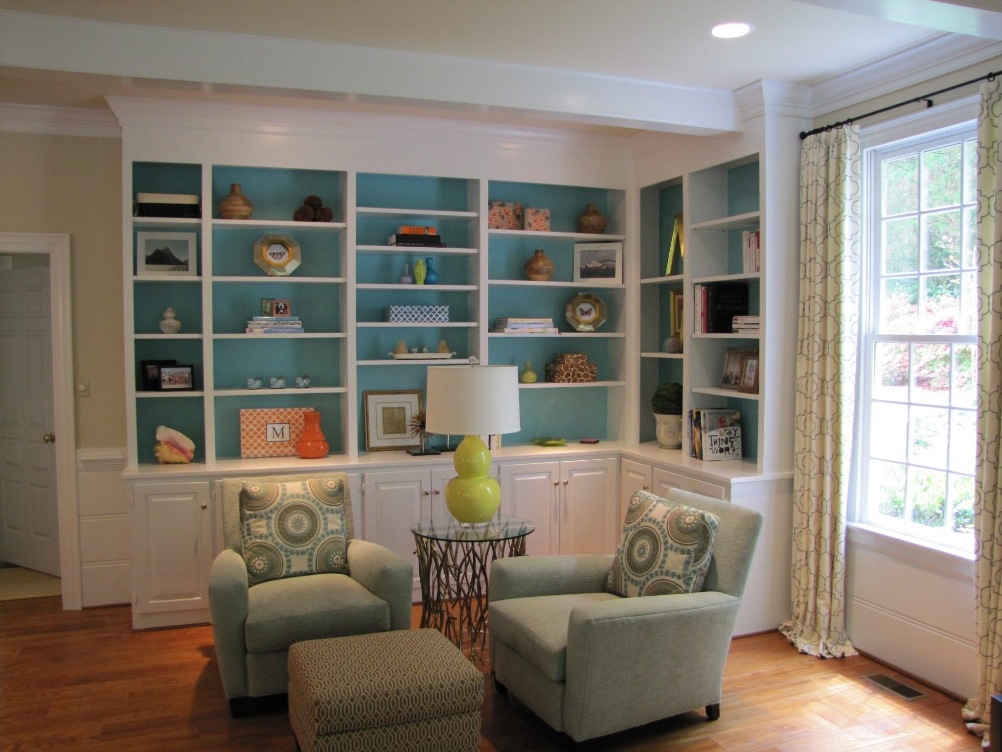 Favorite Painted Bookshelves Inside Painted Built In Bookshelves (View 10 of 15)
