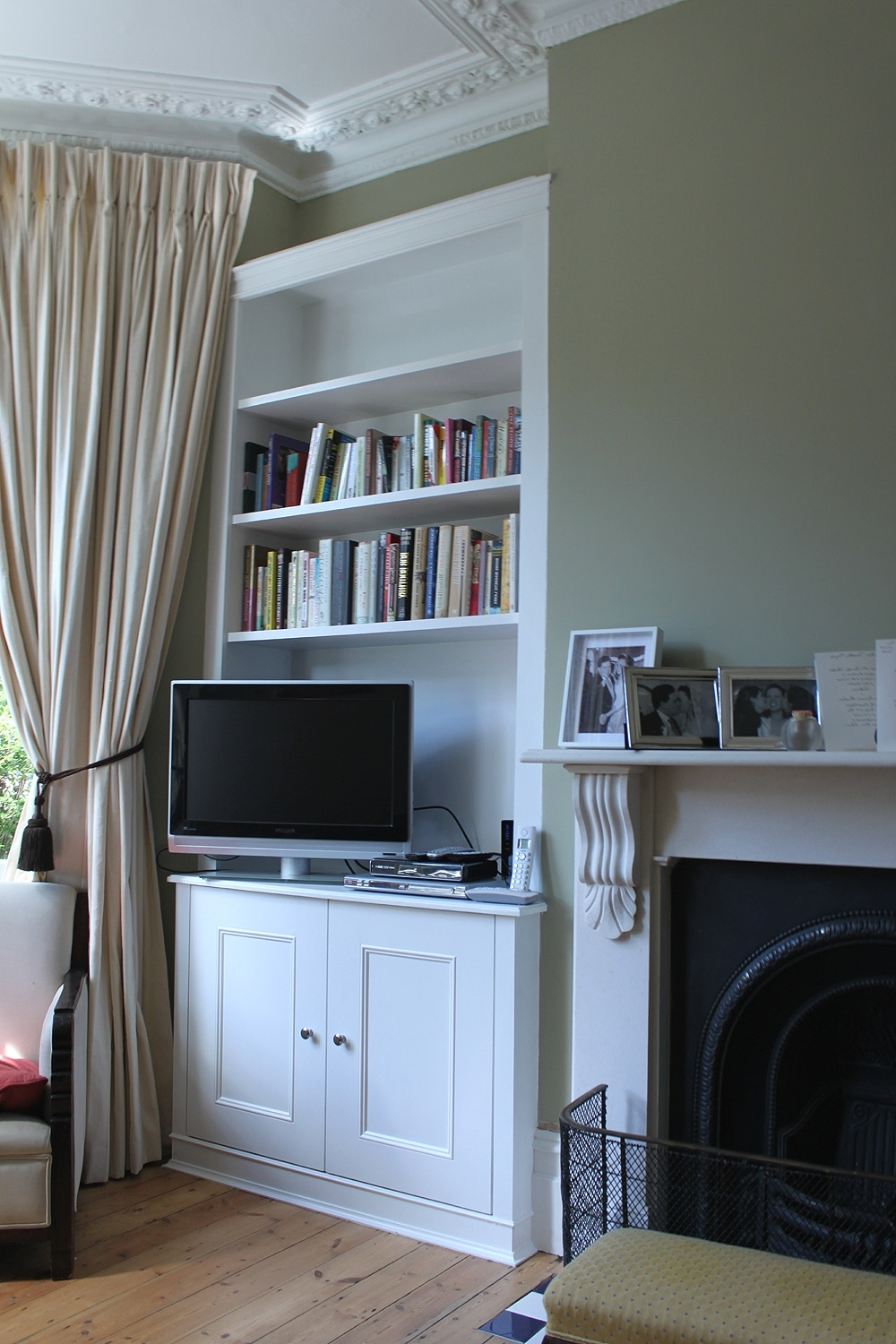 Fitted Wardrobes, Bookcases, Shelving, Floating Shelves, London In Widely Used Alcove Bookcases (View 5 of 15)