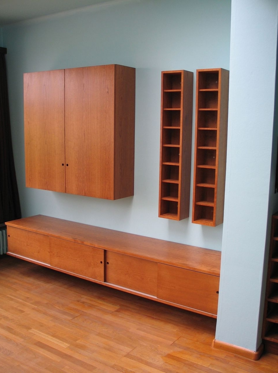 Frits Kuitenbrouwer Tailor Made Furniture In Wall Cupboards (View 7 of 15)