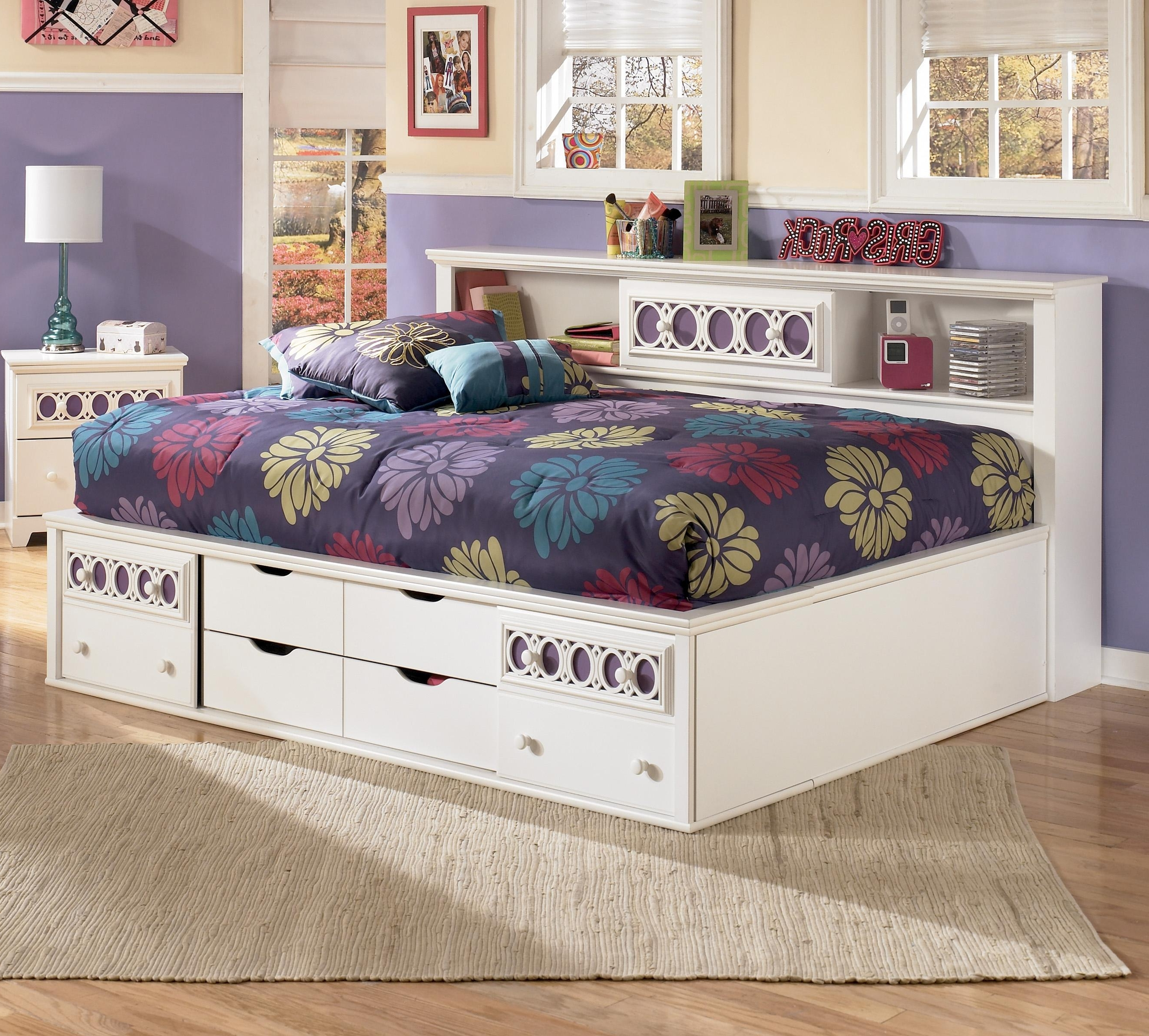 Full Bedside Bookcase Daybed With Customizable Color Panels Intended For Newest Daybed Bookcases (View 13 of 15)