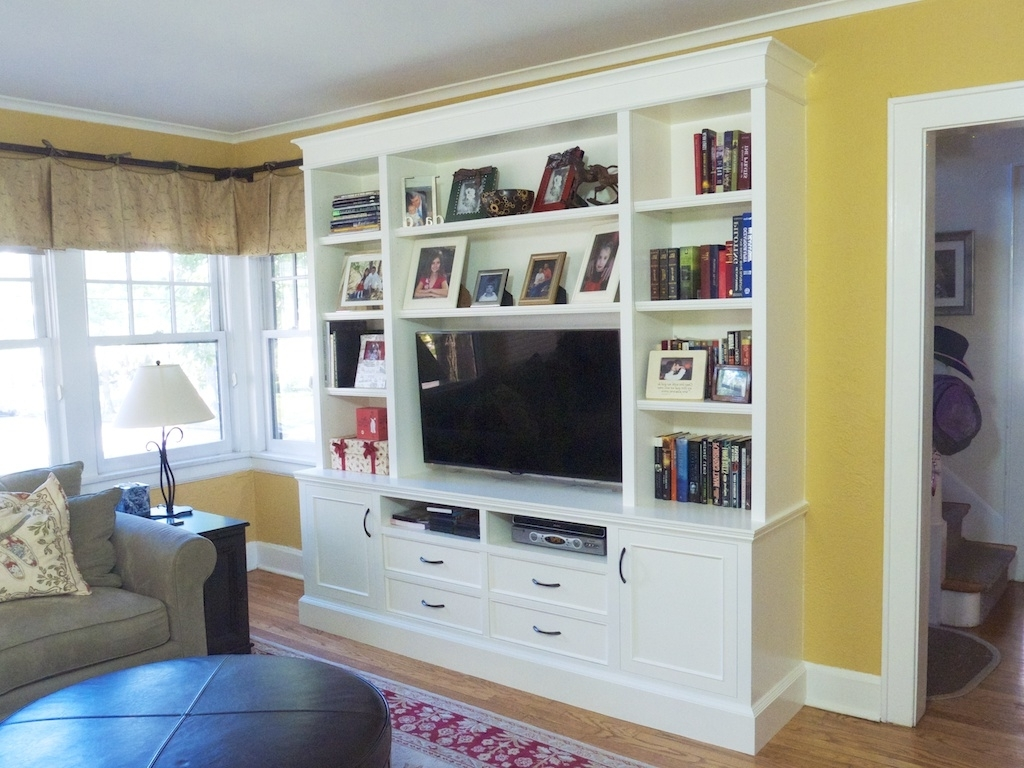 House Inside Built In Bookshelves With Tv (View 7 of 15)