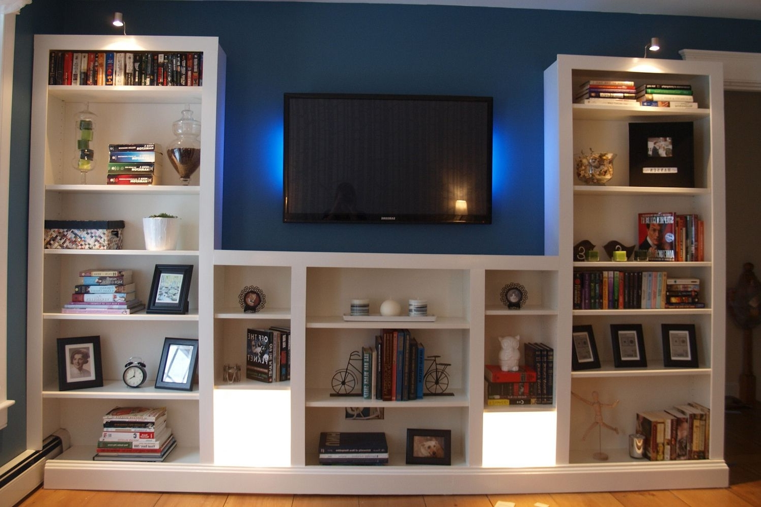 Ikea Hacks: The Best 23 Billy Bookcase Built Ins Ever With Most Up To Date Book Case Tv (View 6 of 15)