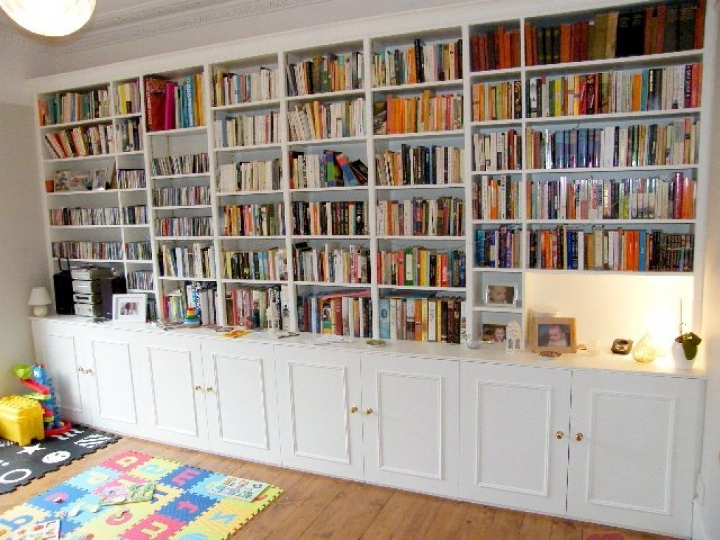 Interior Decoration In Fashionable Bookcases With Cupboards (Gallery 12 of 15)