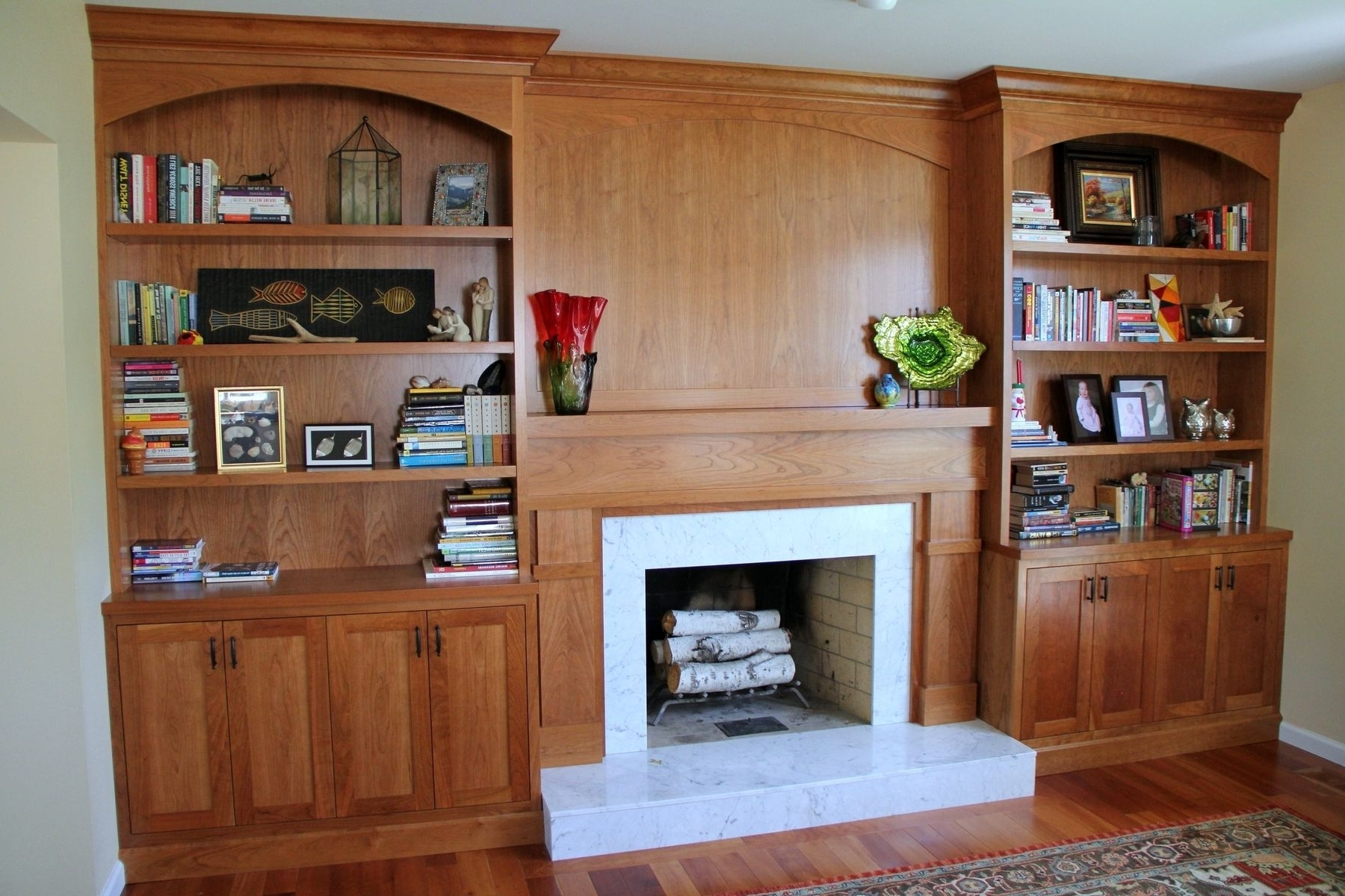Large Wooden Bookcases Inside Most Popular Interior: Classic White Wooden Built In Bookcases Fireplace (View 8 of 15)