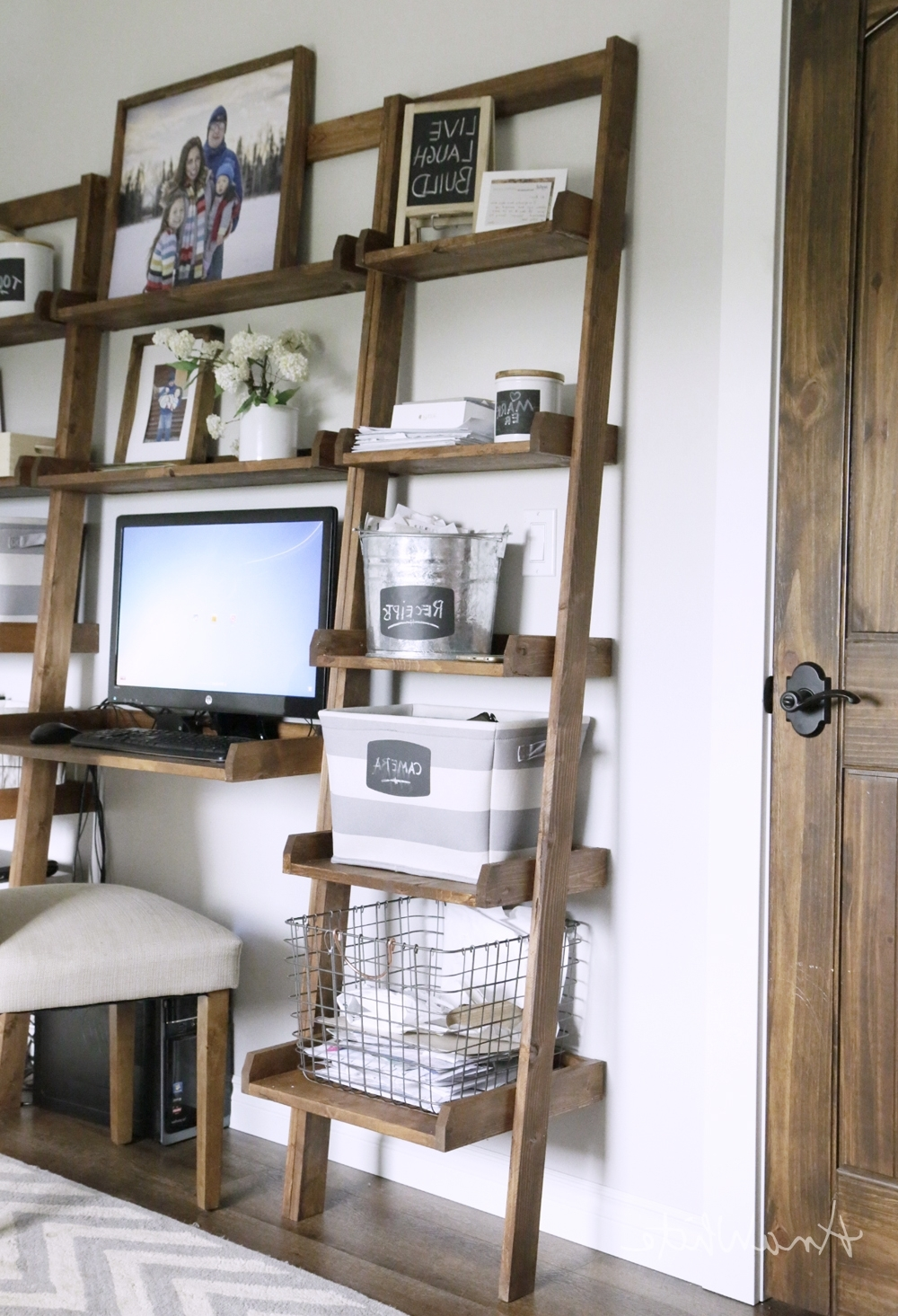 Leaning Ladder Wall Bookshelf – Diy Projects (View 11 of 15)