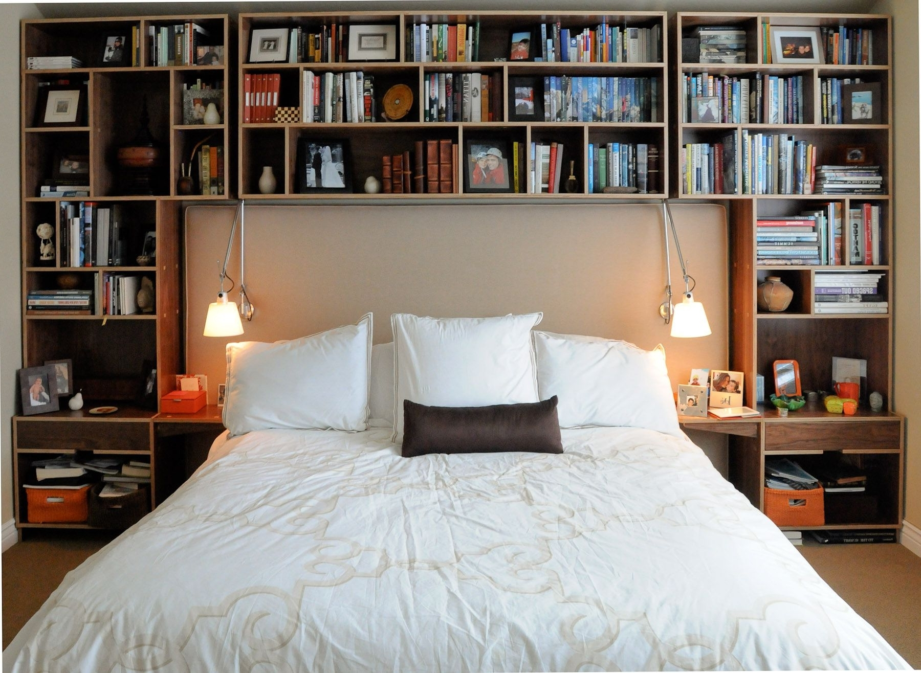 Featured Photo of Bedroom Bookcases
