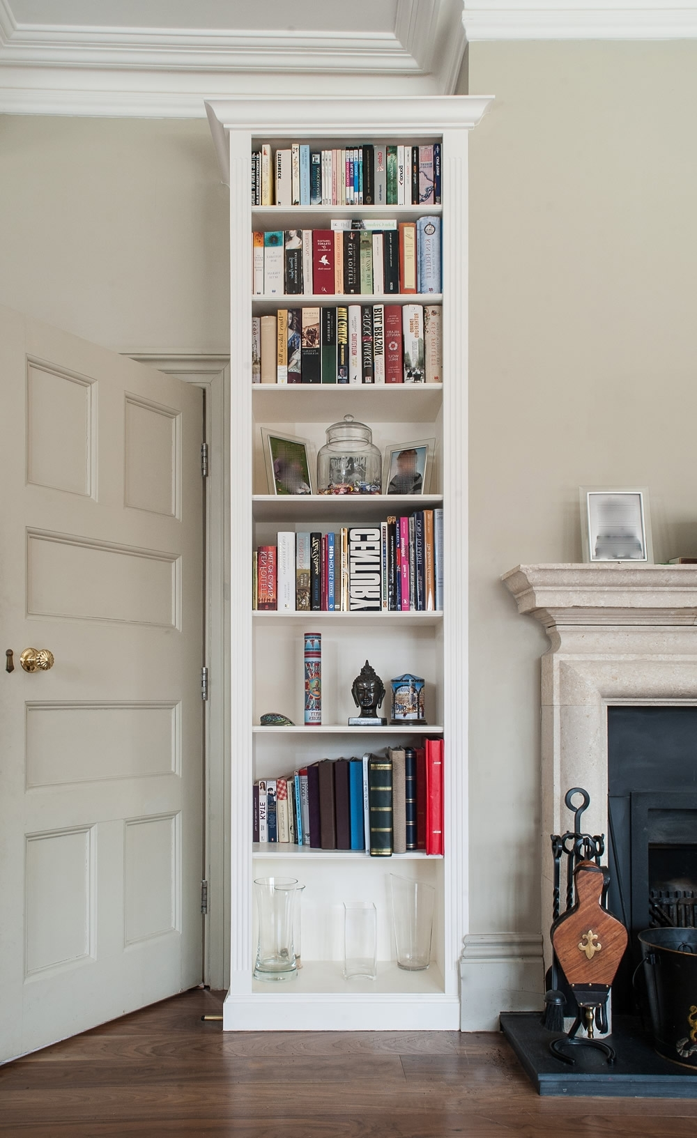 Featured Photo of Modern Handbuilt Bookcases