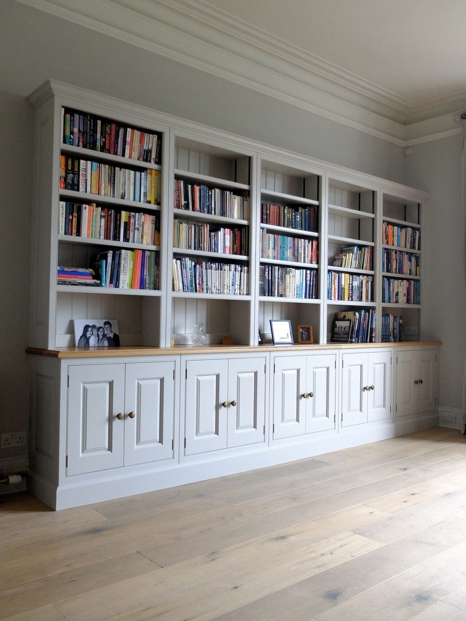 Most Popular Fitted Bookshelves Lothian (View 12 of 15)