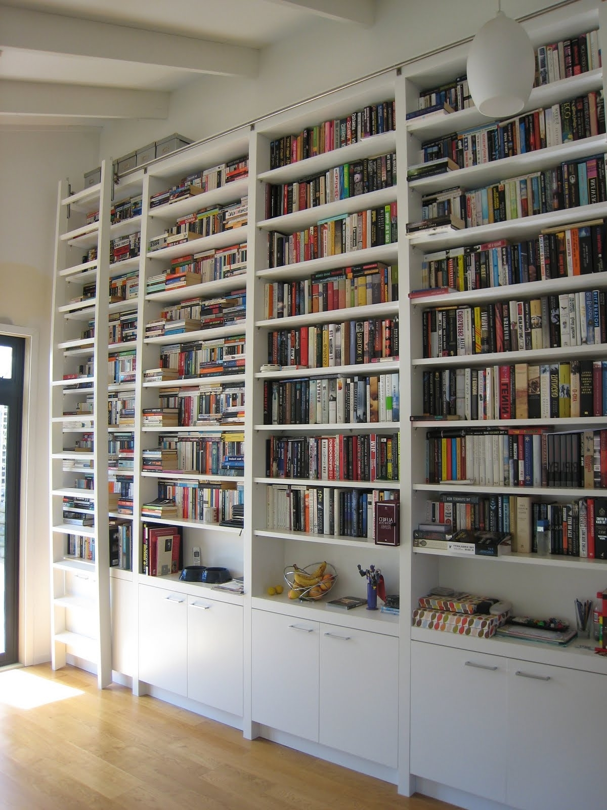 Most Popular Large Bookcases Plans Regarding Best Wood Bookshelves Ideas On Pinterest Pallet Wall Bookcase (View 9 of 15)