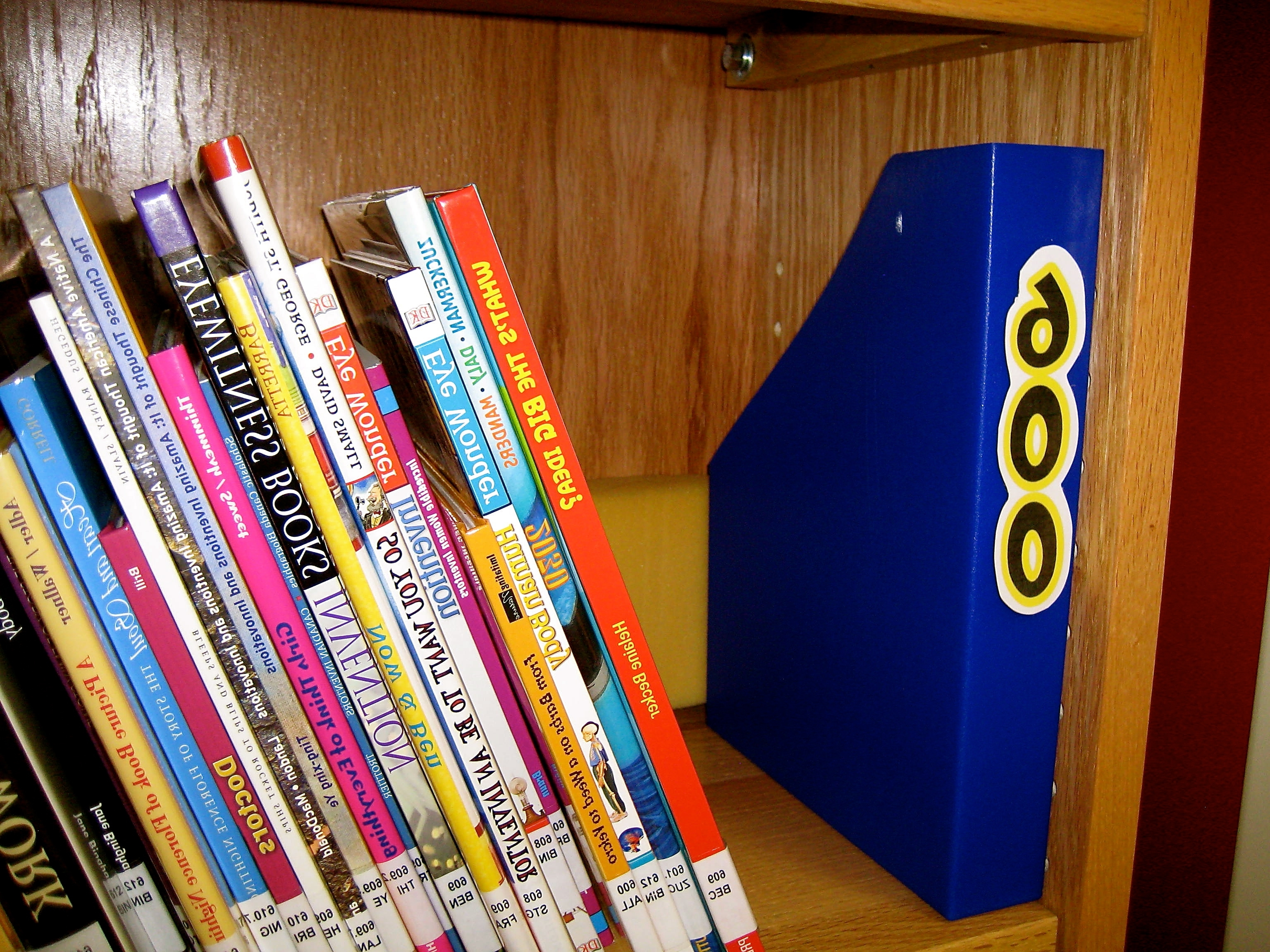 Most Popular Library Shelf Dividers Intended For Barbra Hesson » Library Bulletin Boards (View 11 of 15)