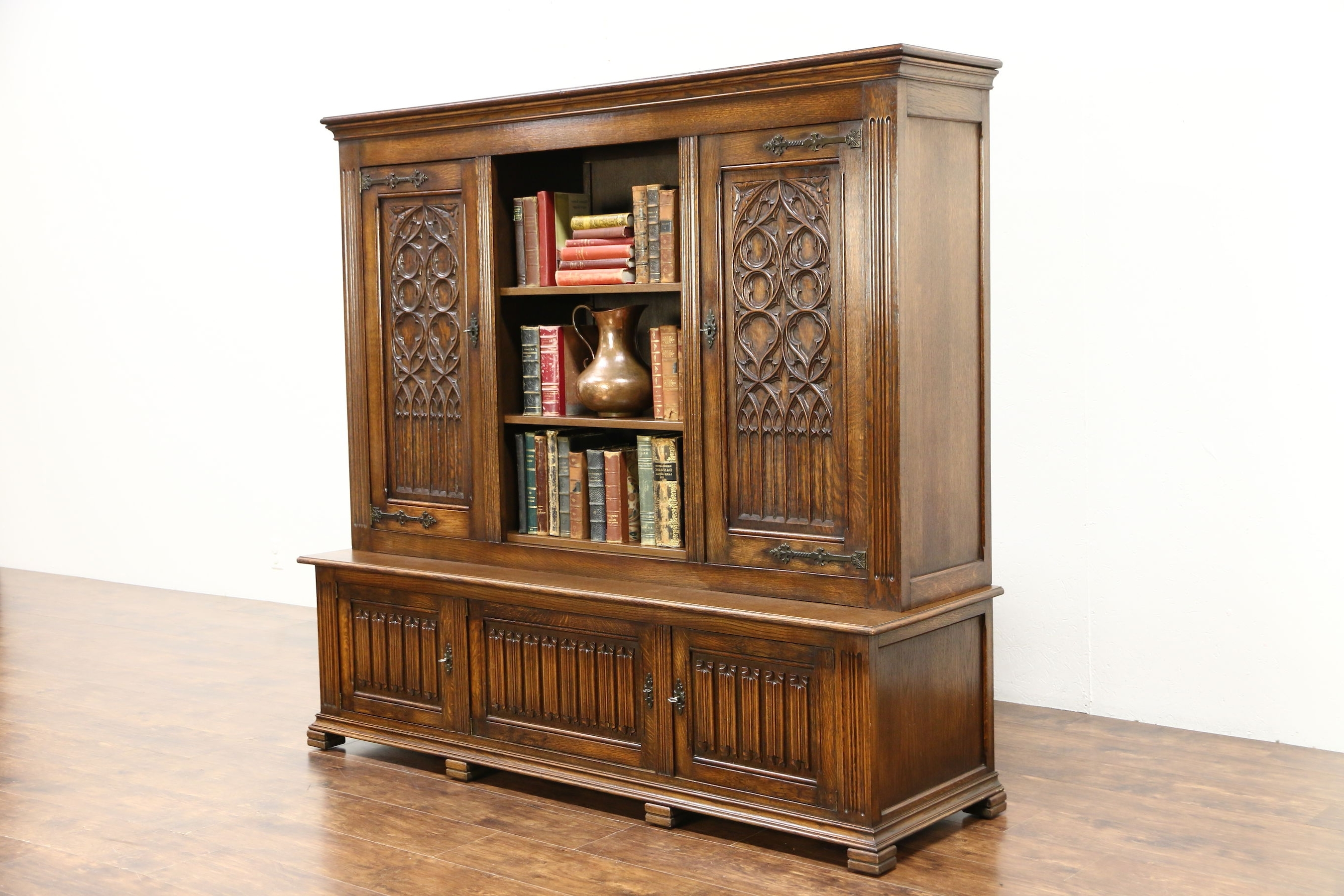Most Popular Sold – Gothic Hand Carved Oak Antique 1900 Library Bookcase With Regard To Oak Library Bookcases (Gallery 14 of 15)