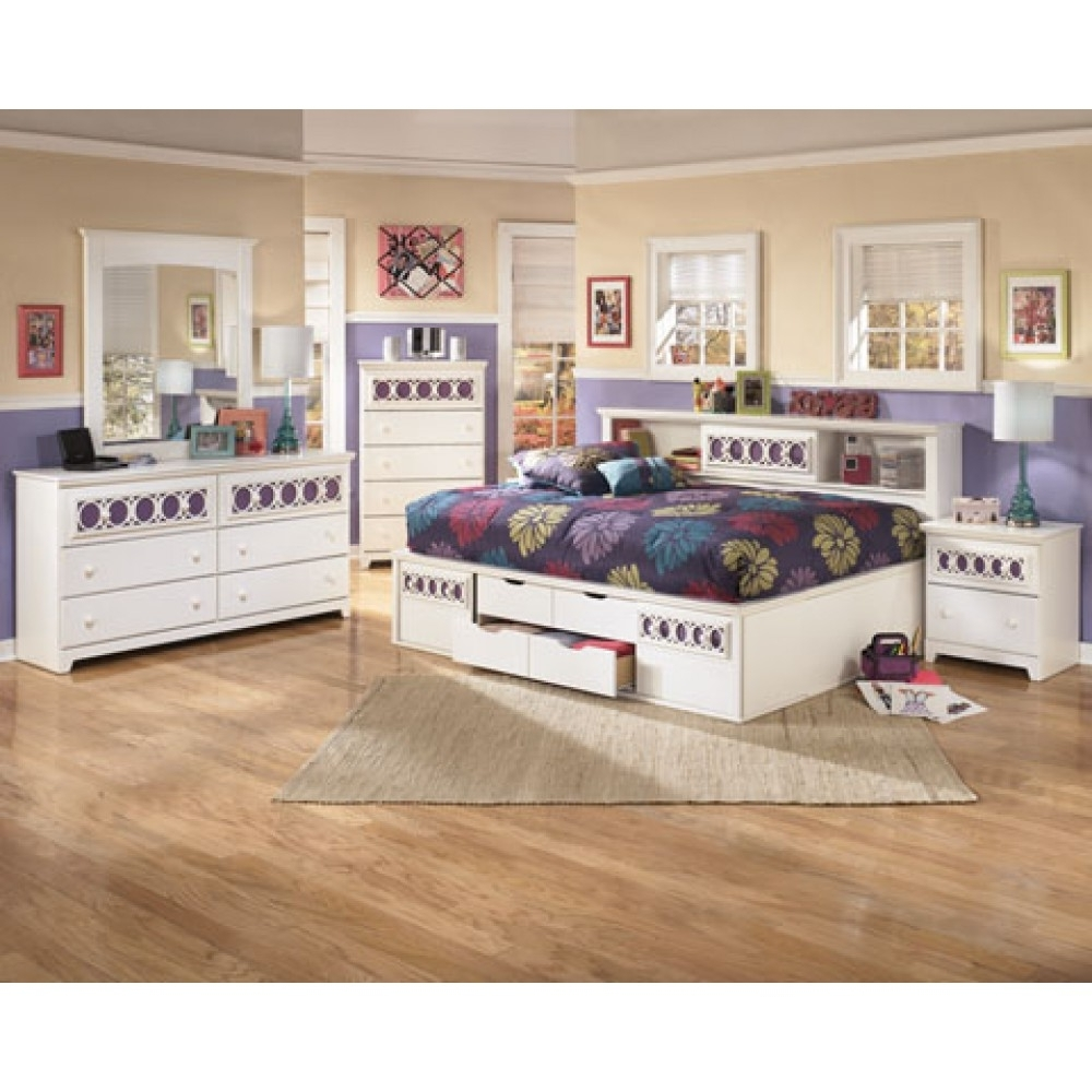 Most Recently Released Zayley Twin Bookcases Regarding Furniture Home: Twin Bookcase Bed Signature Design From Design (View 7 of 15)