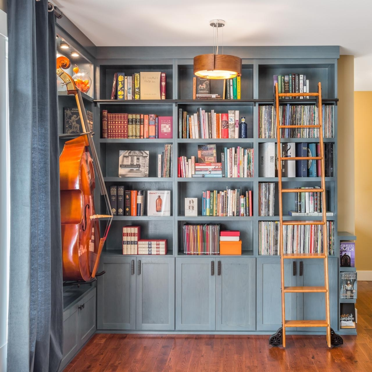 Most Up To Date 11 Beautiful Home Libraries Book Lovers Will Adore (View 11 of 15)