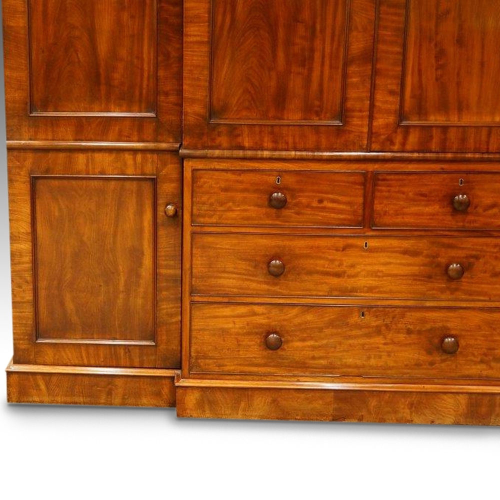 Newest William Iv Mahogany 4 Door Break Front Wardrobe – Hingstons Within Mahogany Breakfront Wardrobes (View 10 of 15)
