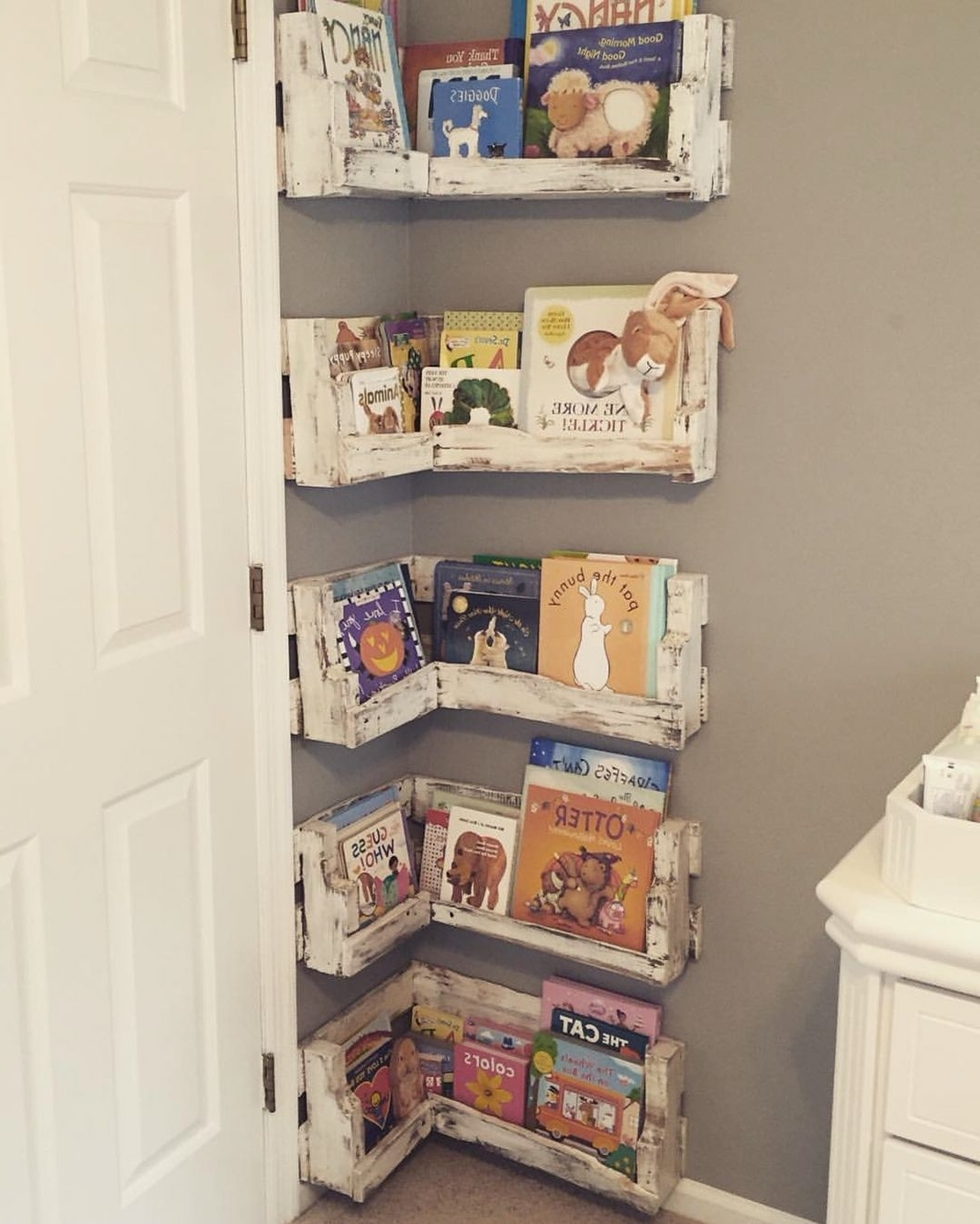 Nursery Bookcases Regarding 2018 Small Children Playroom ( (View 7 of 15)