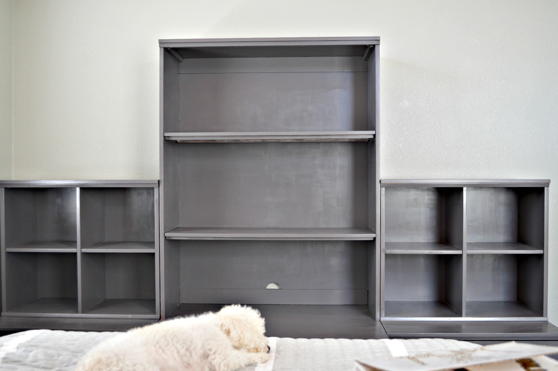 Painted Pottery Barn Bookshelves Regarding Trendy Pottery Barn Bookcases (View 10 of 15)