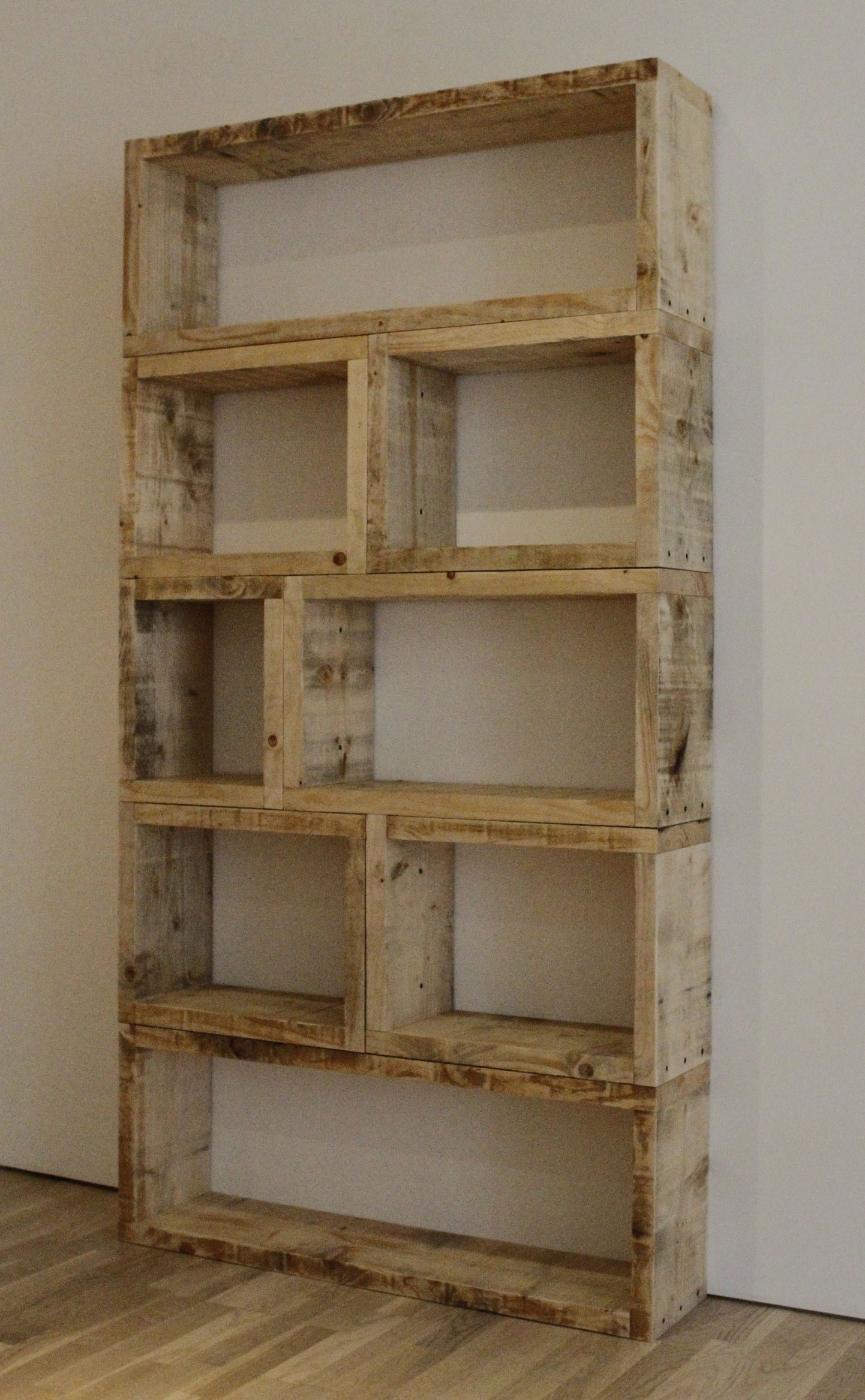 Popular Pallet Bookcases With Furniture : 003 Pallet Wood Simple Shelf In Furniture Phenomenal (View 13 of 15)