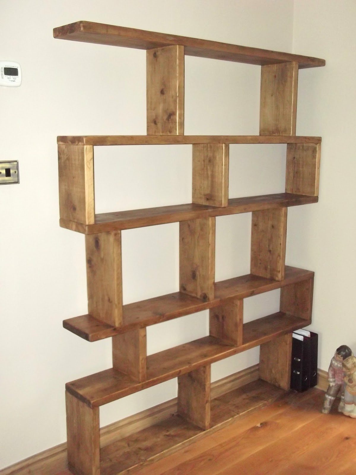 Featured Photo of Free Standing Book Shelf