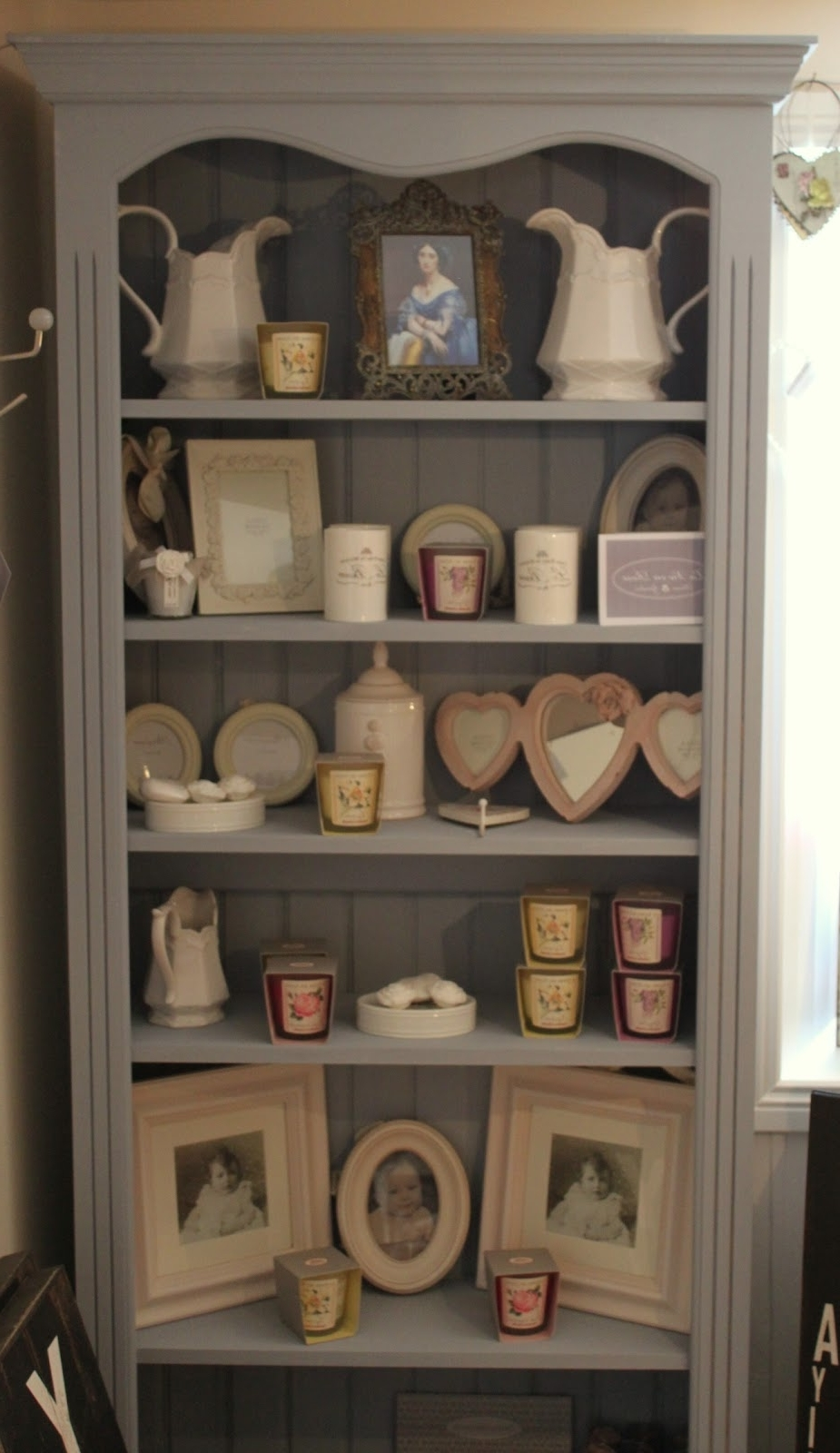 Recent La Vie En Rose: Bookcase Painted In Annie Sloan Chalk Paint™ – A Regarding Painted Wood Bookcases (View 5 of 15)