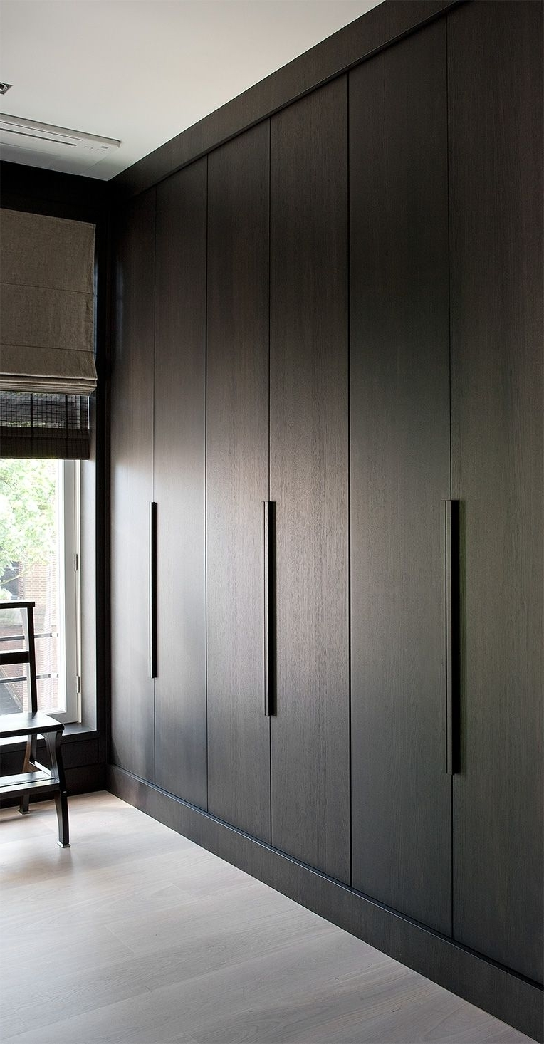 Simple Wardrobe Doors In Newest Wall Wardrobes (View 11 of 15)
