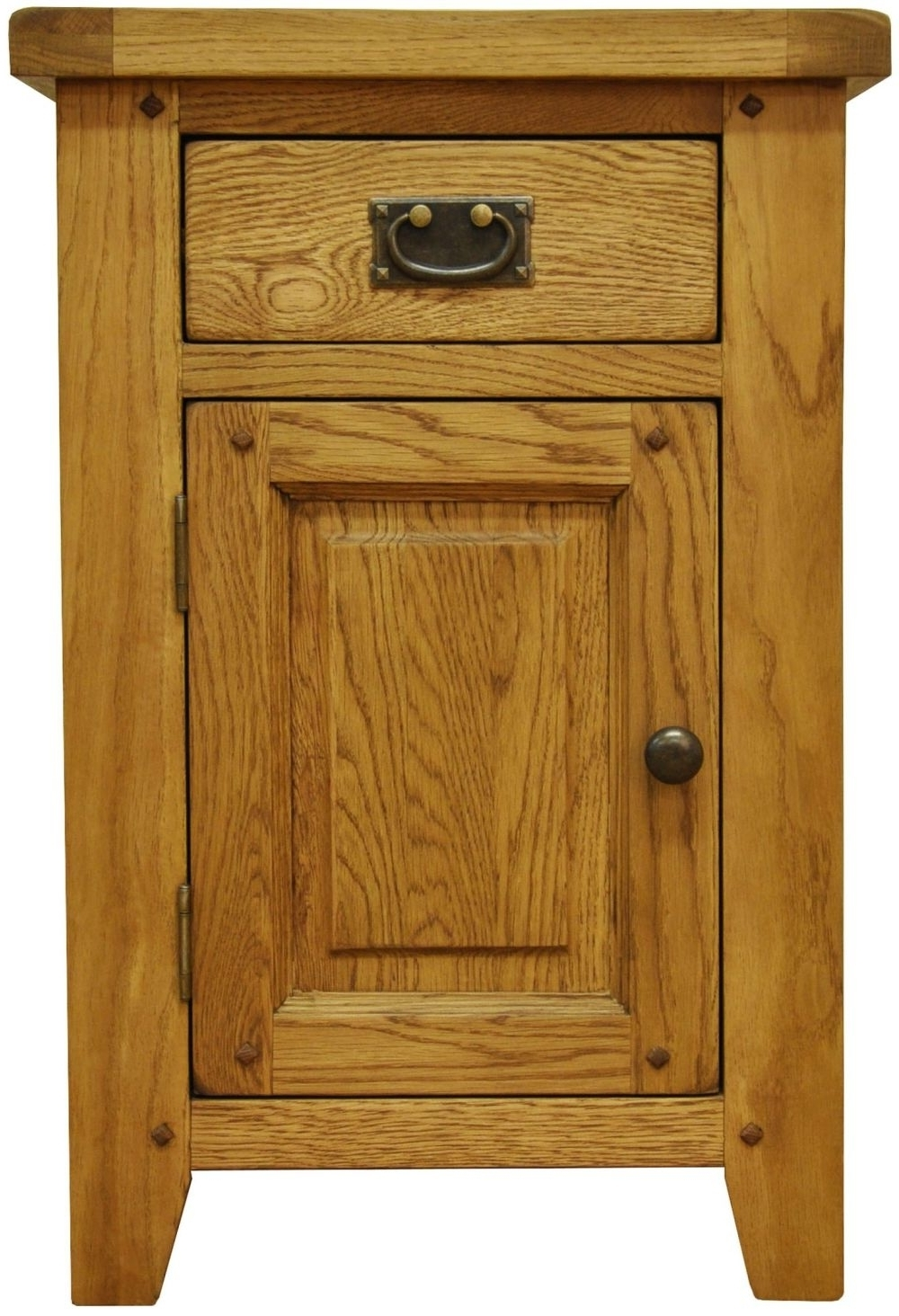 Featured Photo of Small Oak Cupboard