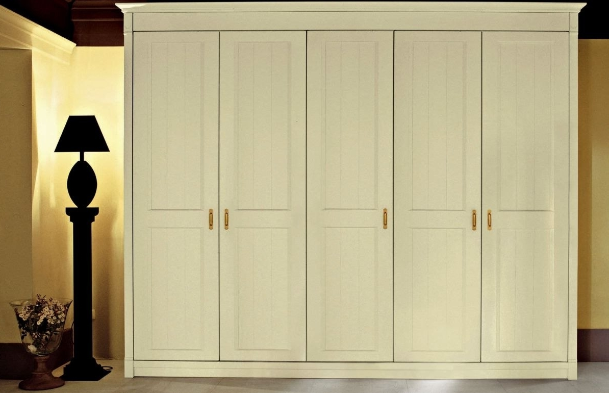 Solid Wood Built In Wardrobes Intended For Most Up To Date Solid Wood Built In Wardrobes Beautiful Wardrobe Wardrobes Italian (View 11 of 15)